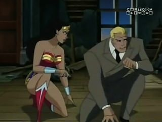 Wonder Woman Kissing