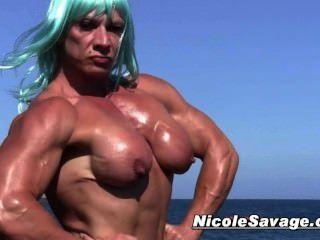 nicole bass boobs pics