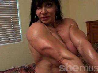 Nude pussys girl go wild